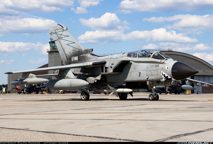 Panavia Tornado ECR - Italy - Air Force | Aviation Photo #2019353 | Airliners.net