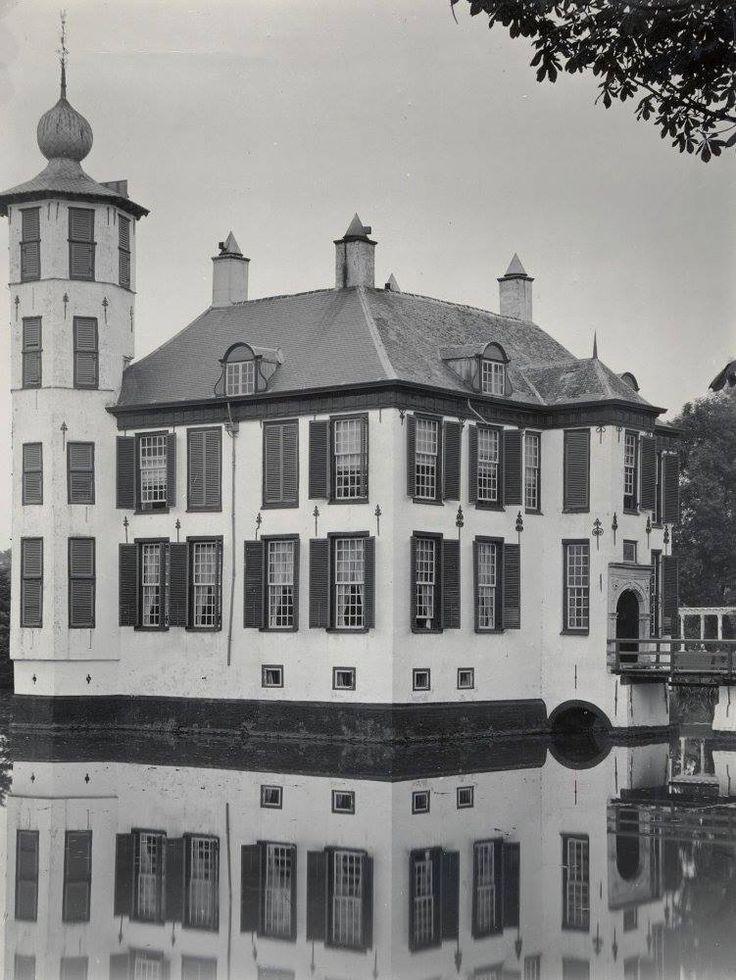 Bouvignelaan. Huis Bouvigne met pleisterlaag. Het kasteel is sinds de jaren zeventig eigendom van waterschap Brabantse Delta. Het in 1977 gerestaureerde kasteel werd geopend door Z.K.H. Prins Claus. Het is onbekend hoe oud het kasteel precies is. In 1554 duikt het voor het eerst op in een officiële akte van de vroegere eigenaarJacob van Brecht. Het kasteel is in de loop der jaren diverse keren uitgebreidt. de toren is gebouwd tussen 1554 en 1611. Het kasteel heeft drie tuinen nl. een…