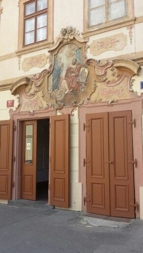 1000 images about what 39 s up prague on pinterest oil on for Door z prague