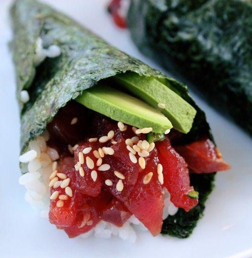 Spicey Tuna Hand roll with Avocado