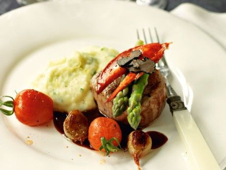 Fillet of veal with madeira sauce and potato puree