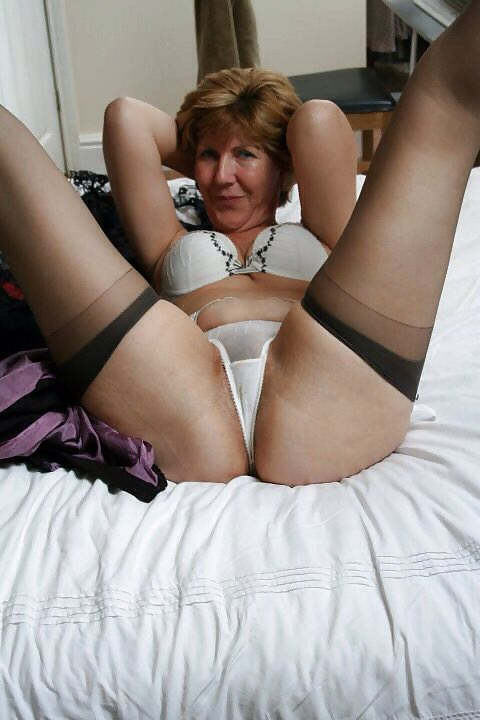 Mature Sara English Milf 120