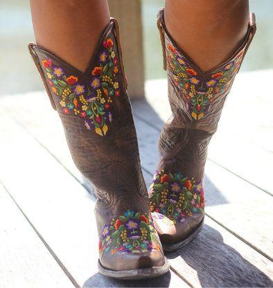 Vieilles bottes vintage de gringo