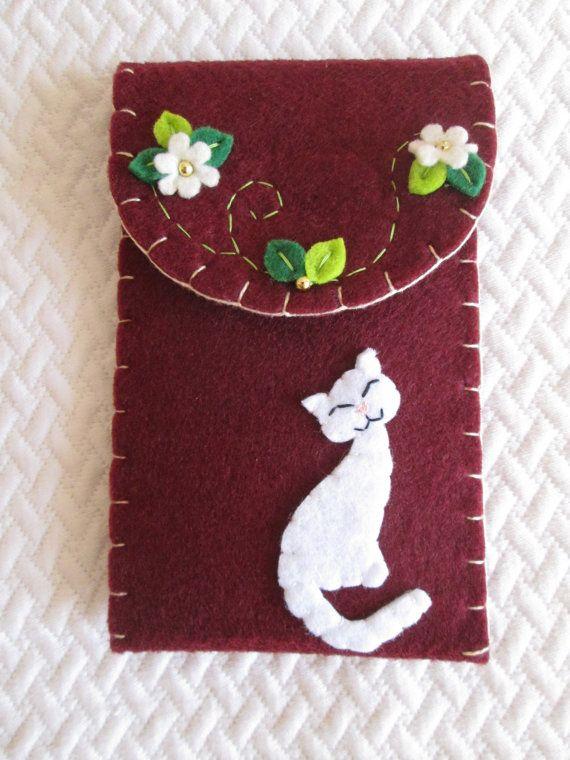 Phone case  Felt Phone Case with Cat  Felt Phone by TinyFeltHeart