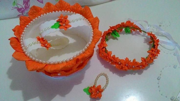Kit dama de honra Cesta, guirlanda de cabeça e pulseira