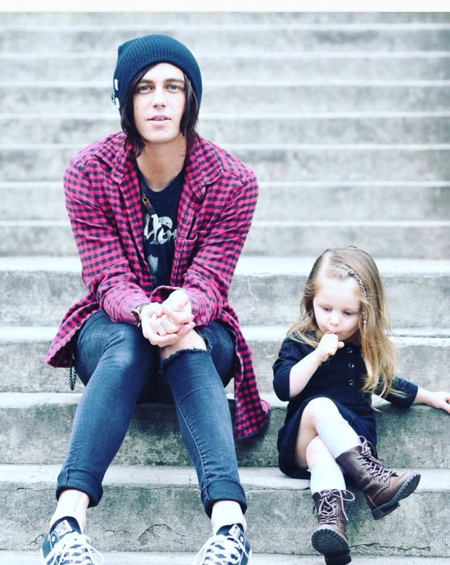"{Kellin and Copeland} ""Hey, I'm Kellin, and this,"" I wrap my arm around my daughter, ""is the love of my life, Copeland."" I smile brightly. ""I'm 23 and single. I also sing and scream for the band Sleeping With Sirens. I love music, it's my passion, and honestly, I may not be alive without it."" I sigh. ""Well, come say hello."""