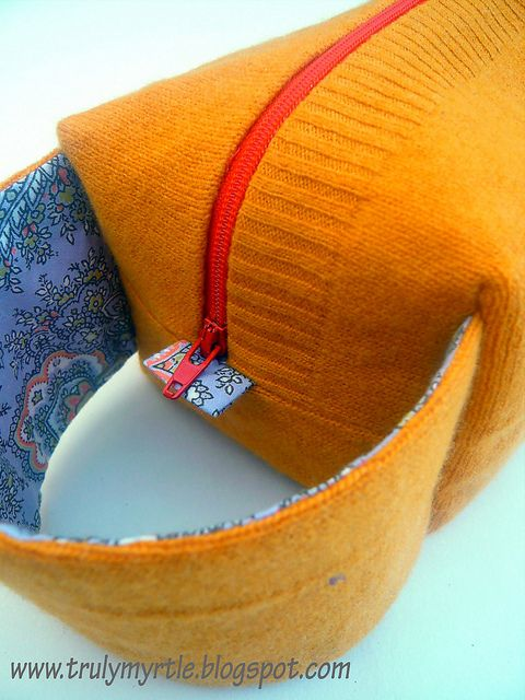 Zippered box bag tutorial from Truly Myrtle #DIY #Sewing