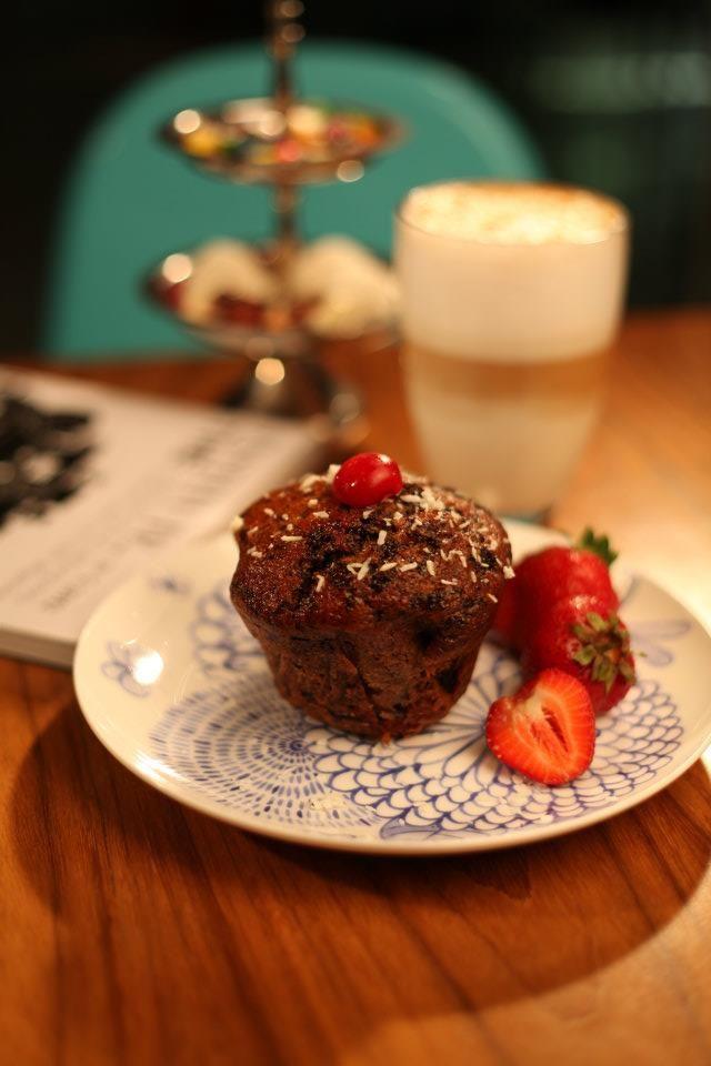Cake& Latte@ Institute, The Cafe www.facebook.com/Institute.ro