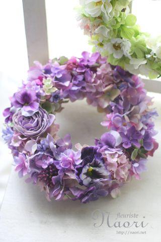 パンジーと紫陽花のパープルリース                                                                                                                                                      もっと見る