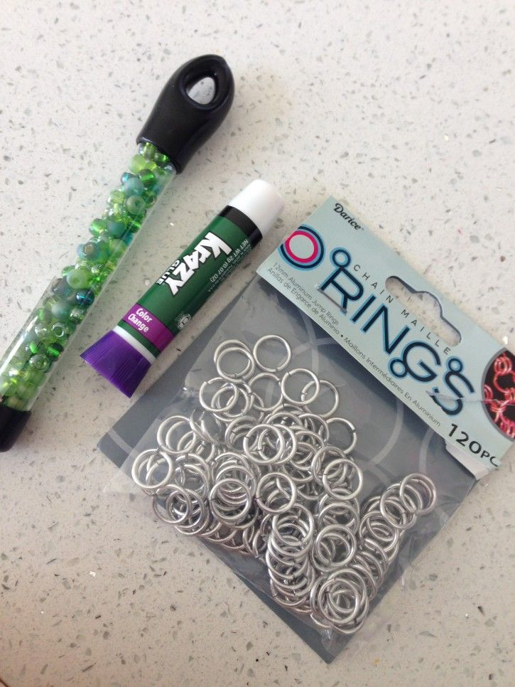 Nice Tips on Homemade Knitting Stitch Marker: Beads, Jump rings and Superglue!