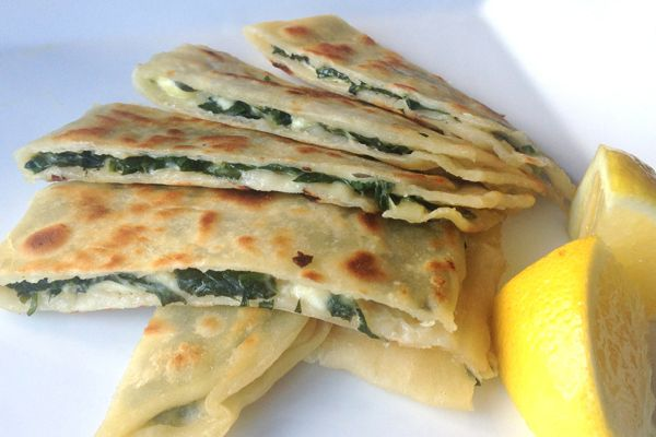 make your own spinach and fetta gozlemes at home.  Yes please!
