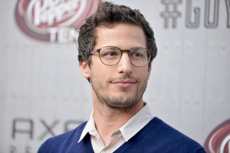 Andy samberg, oh my damn in those glasses!