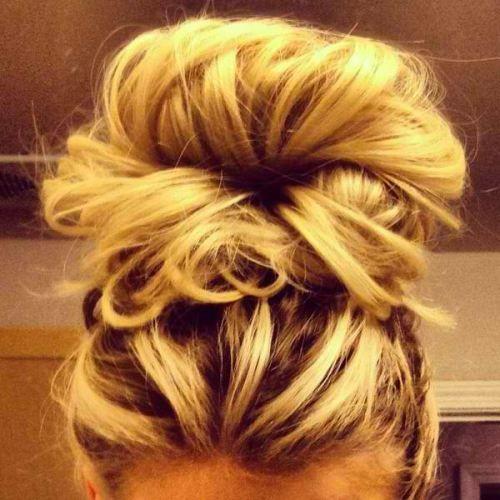 pretty hair: Hair Beautiful, Haircolor, Long Hair, Hairstyle, Messy Buns, Hair Style, Big Bun, Hair Color, High Bun
