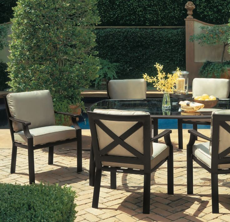 Dining Chairs And Table From The Coast Collection By Brown Jordan Brown Jordan Patio Furniture