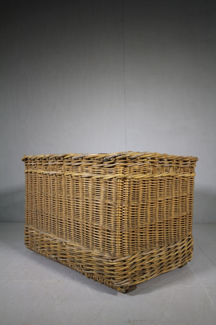 Large Edwardian Antique Willow Basket. -miles-griffiths-antiques-IMG_4234 (1000x1500)_main_636549038483421490.jpg