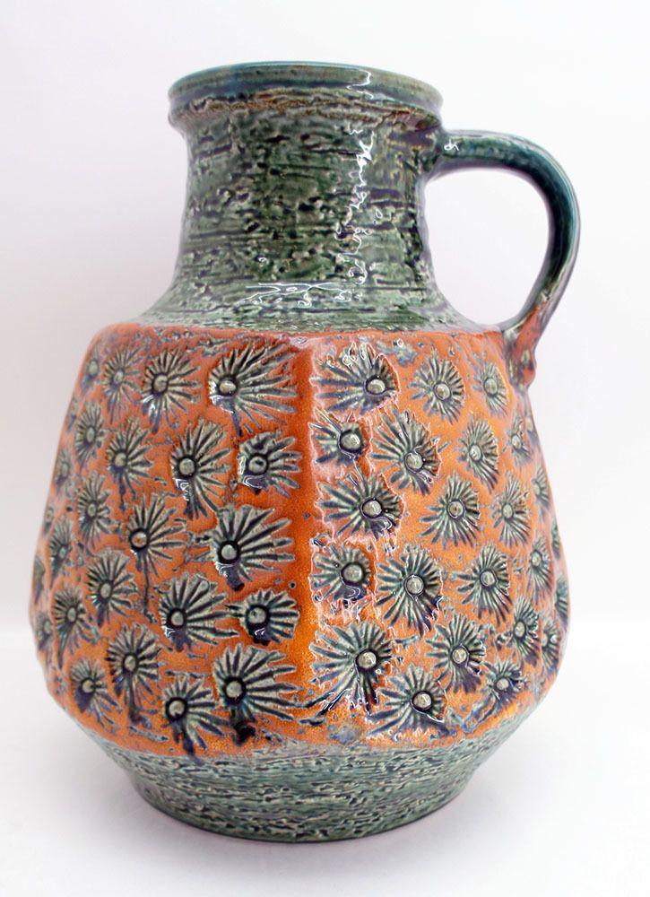Die besten 25 keramik vase ideen auf pinterest for Gartengestaltung 70er jahre