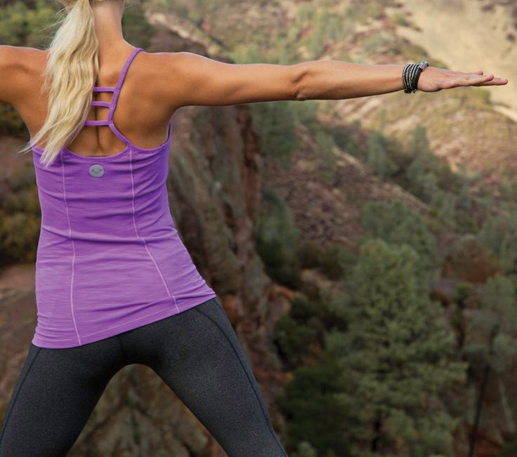 We can't resist performance tanks that take you from any workout to everyday life #ROXYOutdoorFitness   See our favorite #fitness tops @Gillian Gibree