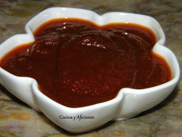 una salsa para quitarse el sombrero, la vamos a utilizar muchísimo por eso la destaco. Es deliciosa y diferente y está preparada con una receta de Joan Roca. Anotala, vale la pena.