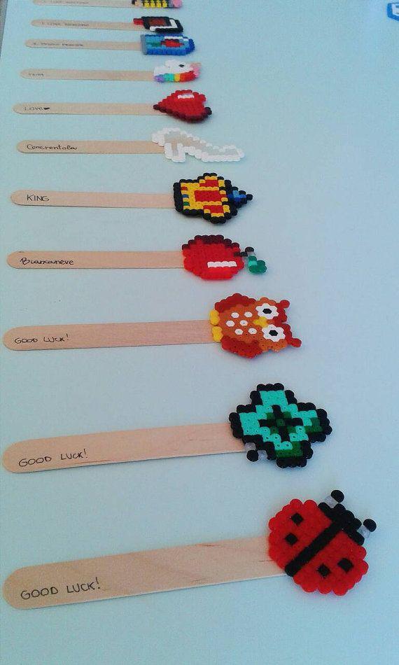 Guarda questo articolo nel mio negozio Etsy https://www.etsy.com/it/listing/470781527/segnalibro-pysslart-perler-beads