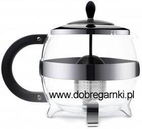 Nowoczesny, elegancki i praktyczny zaparzacz do herbaty Amo 1200 ml marki Vialli Design. Produkt jest prosty w użyciu, wystarczy do pojemniczka zaparzaczki wsypać liście herbaty i po kilku minutach możemy cieszyć się wyśmienicie zaparzoną herbatą. Produkt jest wyposażony w uchwyt pokryty silikonem, który gwarantuje bezpieczne parzenie herbaty. Zaparzacz wykonany jest ze szkła boro-krzemowego, które jest odporne na wysokie temperatury.