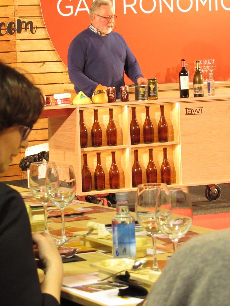 Momento de la presentación de productos con Denominación de Origen de Galicia en el #forumcoruña17.