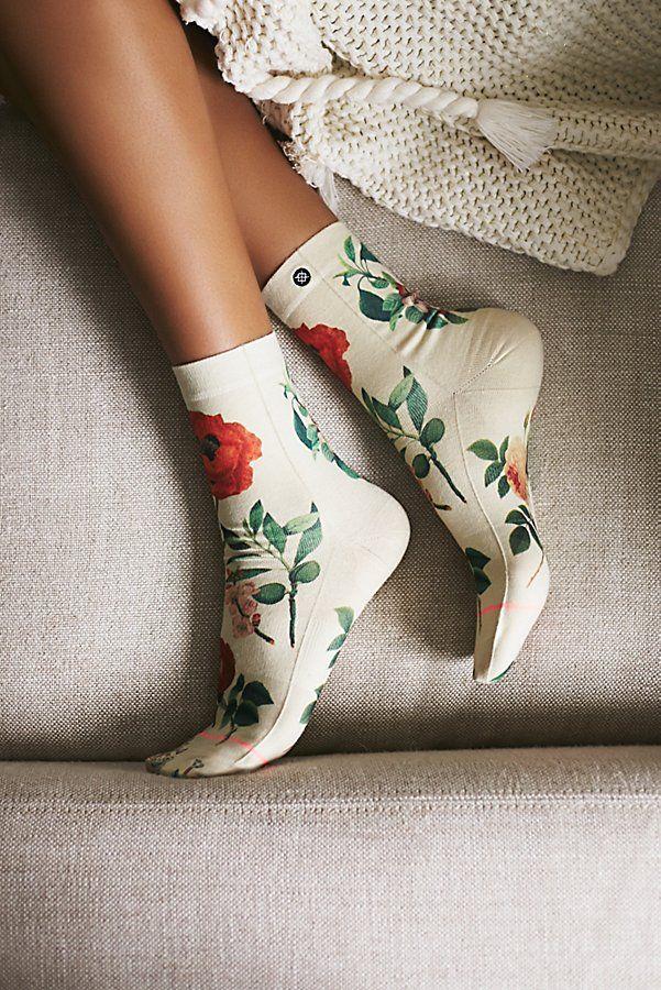 https://www.freepeople.com/shop/garden-party-crew-sock/?color=095&quantity=1&type=REGULAR