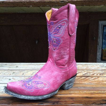 Dina Cowgirl Boot by Old Gringo in pink with purple butterflies   Sizes Available (5,6,8,8.5)  Check them out on our Space Cowboy Boot Website listed here