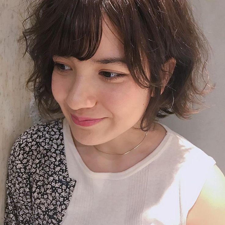いいね!131件、コメント2件 ― 及川真心さん(@mako_oikawa)のInstagramアカウント: 「♥♥♥ … fluffy bob × khaki ✄ . layla ちゃん ありがと ❁ . #KATEomotesando #2017 #hair #bob #cut #color…」