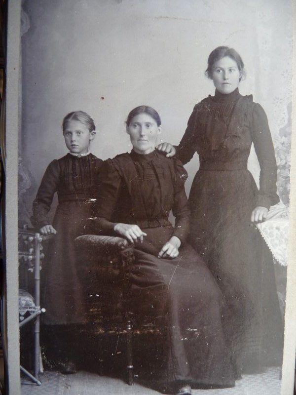 Anne - Ingeborgs Olsdotters mother .