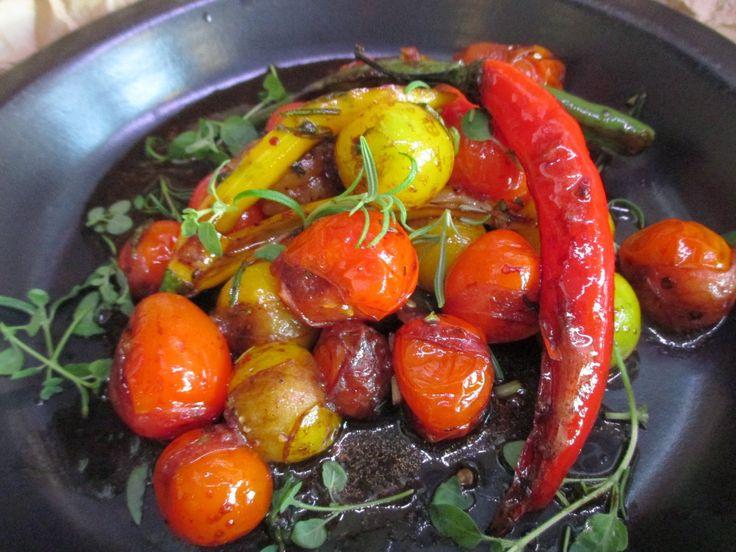 Tinskun keittiössä: Paistetut kirsikkatomaatit