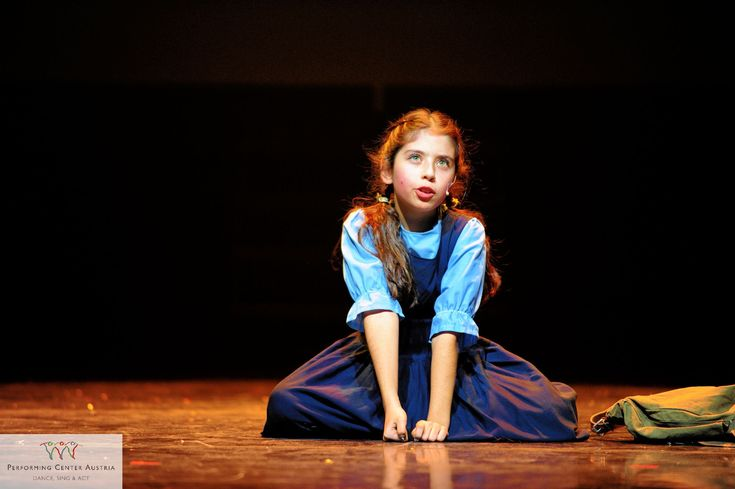"""Intensity on stage by our youngest actress of the youth musical """"Xmas News"""". #dance #sing #act #musical #xmasnews #intense #passion #work #show #fun #stage #theater #instagood #happy #love #lichter #xmasproject #kids #kinder #pca #beautiful #lampenfieber #bestoftheday #picoftheday #facebook #webstagram #photobyfritsch #yeswedance @performingcenteraustria"""