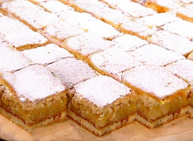 Prăjitura cu aluat fraged și mere caramelizate