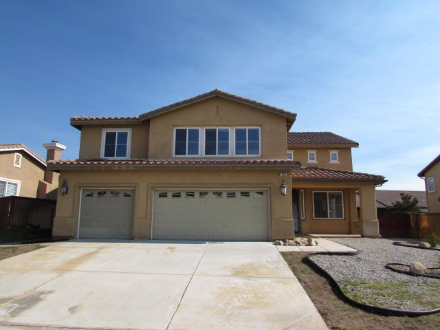 1064 N Shooting Star Dr Beaumont, CA, 92223 Riverside County | HUD Homes Case Number: 048-496572 | HUD Homes for Sale