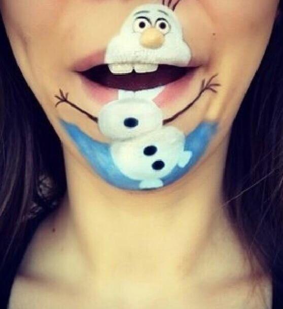 Gran idea para #pintarunasonrisa cerca de Navidad #Snazaroo #Frozen #Olaf
