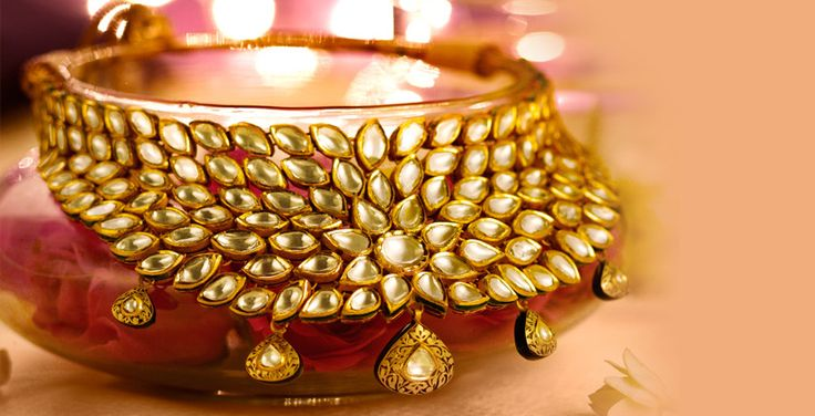 Tanishq - A Wedding To Remember - I loved this jewellery piece from Tanishq #aWeddingToRemember Check it out+now! PRODUCT CODE : 2813NGE