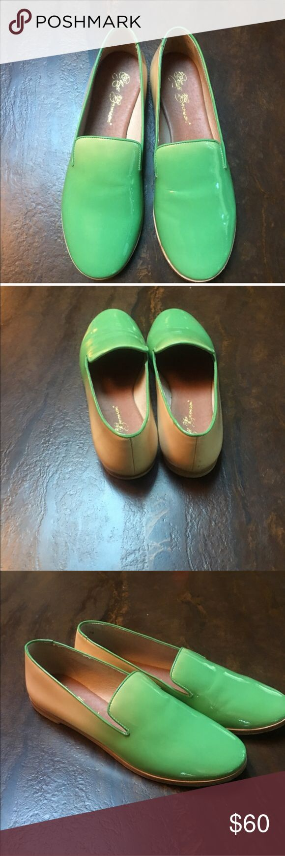 Matt Bernson patent leather green/tan ombré flats Patent leather mules worn once. Leather sole. Green/tan ombré pattern. Matt Bernson Shoes Flats & Loafers