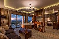 Elegance Luxury Executive Suites in Zakynthos