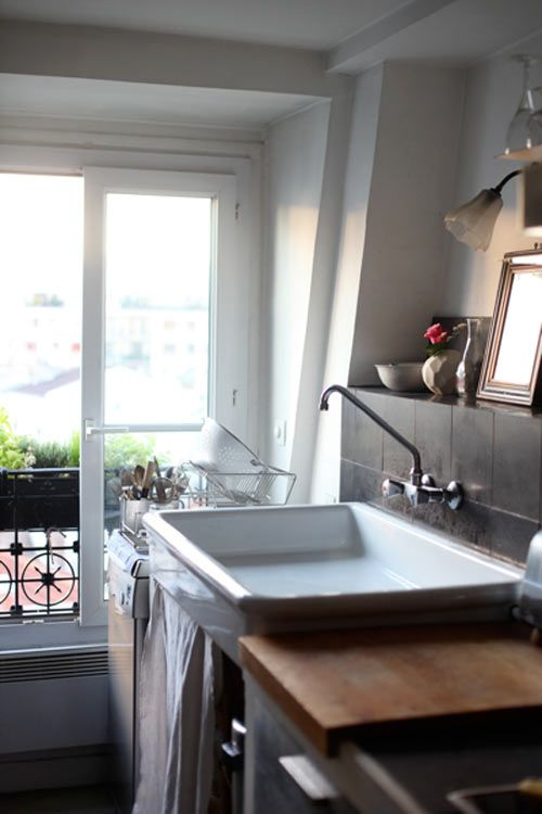 best 25 porcelain kitchen sink ideas on pinterest cleaning porcelain sink porcelain sink and clean white sink. beautiful ideas. Home Design Ideas