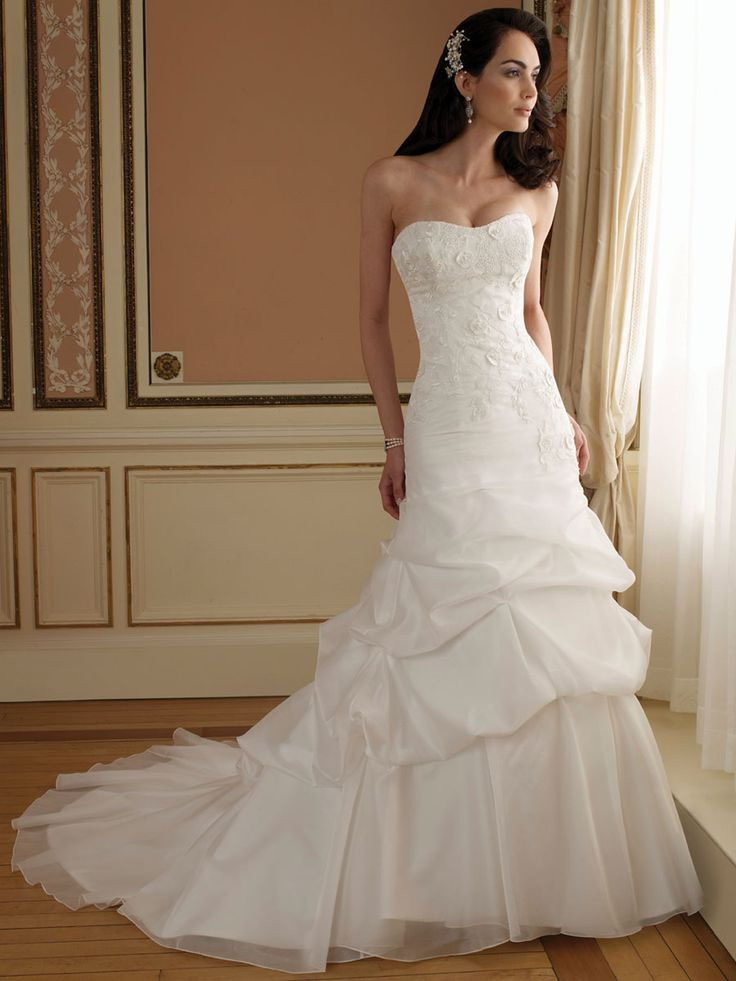 Curved Neck A-line Wedding Dress with Lace Bodice and Chapel Train Pick-up Skirt