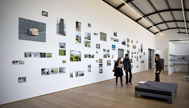 Marjolijn Dijkman, Gestures (2008). © Gert Jan van Rooij, Museum De Paviljoens