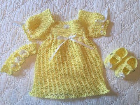 Aprende a tejer un vestido para bebé paso a paso (1 de 2)   Tutorial Liliana Milka - YouTube
