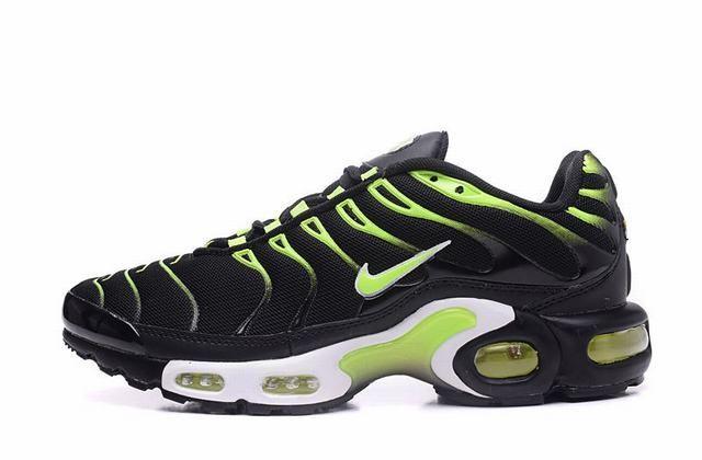tn nike homme,homme air max plus tn noir et verte | Nike air max ...