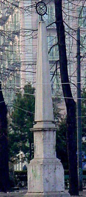 L'obelisco di piazza Statuto - Torino -