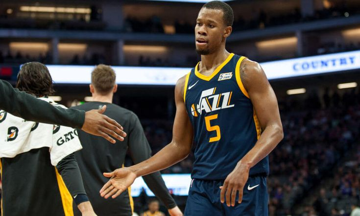 Jazz should embrace new era by trading Hood and Favors