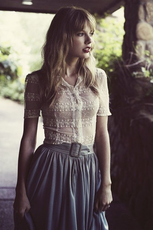 No entiendo cómo dicen que Taylor Swift es huevo sin sal. La chamita es preciosa.