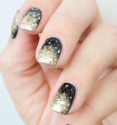 Sparkly New year's eve nails / Csillogós (szilveszteri) körmök Mindy -  creative craft ideas