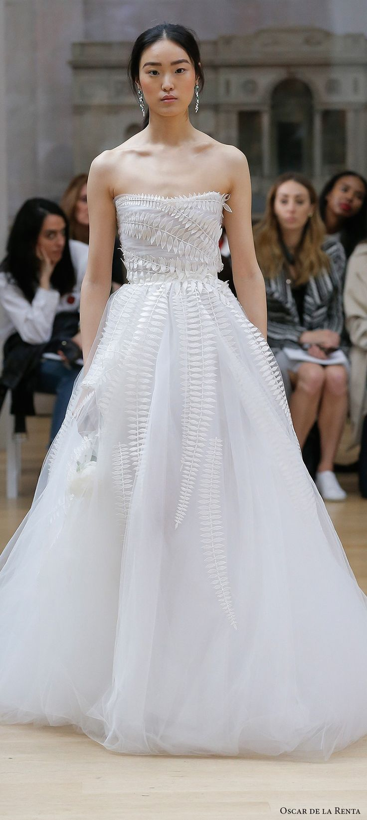 Oscar De La A Spring 2018 Bridal Strapless Straight Across Neckline Heavily Embellished Bodice Elegant Line Wedding Dress Long Train Mv