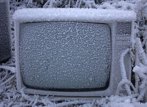 Najjeftiniji LED TV na svetu #daljinski #televizija #zima #sneg #tehnologija