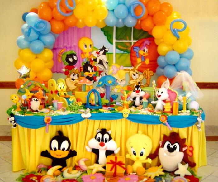 Baby Shower, Looney Tunes Party, Happy Birthday, Shower Ideas, Birthdays,  Parenting, Party Decoration, Cute Babies, Candies