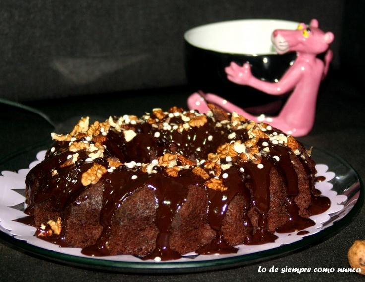 Brownie de chocolate, una receta FACIL, en mayúsculas si, para principiantes y para todo aquel que le guste el chocolate, mejor dicho, para los AUTÉNTICOS CHOCOLATEROS, también con mayúsculas.